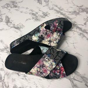 Calvin Klein Maleena slide on sandals size 6
